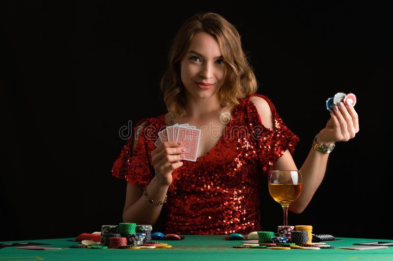 真人百家樂破解術、玩法、機率、算牌、看路技巧